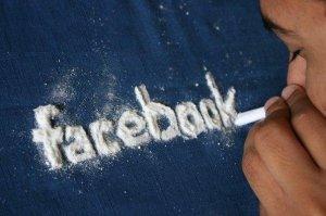 pics_Addicted_to_FaceBook